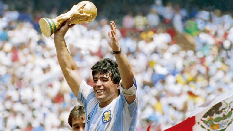 L'auteur de la « Main de Dieu », Diego Armando Maradona  nous laisse !