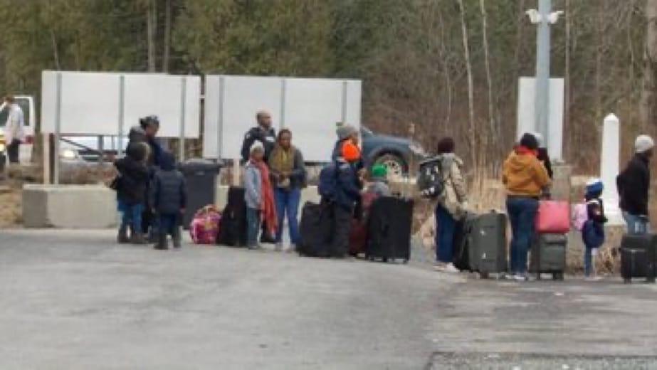 Canada-Immigration: Manifestation à Montréal pour exiger la légalisation des demandeurs d'asile