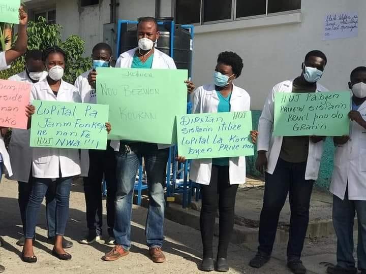 Ayiti/sante: Medsen lopital Inivèsitè Lopital Jistinyen Okap rantre nan grèv jeneral ak san kanpe