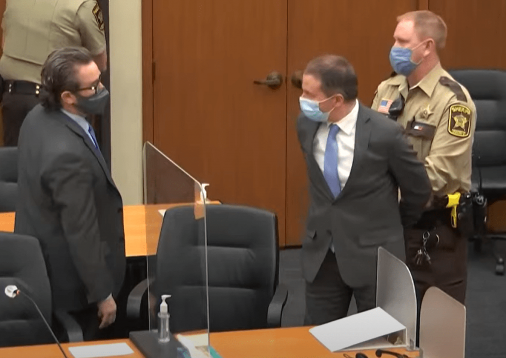 Johnson et Biden saluent la reconnaissance de culpabilité du policier Derick dans le meurtre de l'afro-américain George Flood !